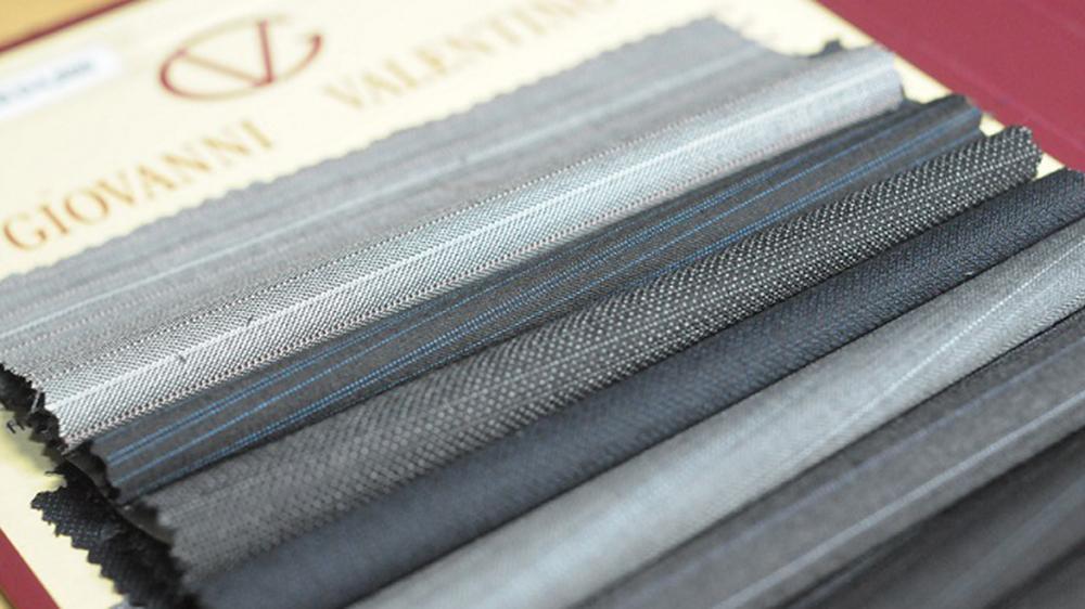 【 香港製造 】 意大利Giovanni Valentino 布料西裝七折 (折後只需HK$3,300)