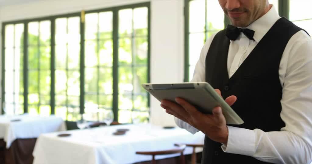 【馬甲迷思】— 你著就紳士, 我著就Waiter?